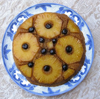 GardensForHealth_Recipe_PineappleUpsideDownCake